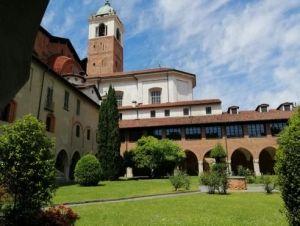 Novara - Chiostro della canonica